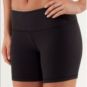 Lululemon 'Groove' Reversible Shorts